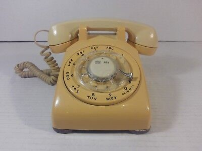 BELL SYSTEM ROTARY DIAL TELEPHONE - Western Electric 500 DM R83-9  DESK PHONE