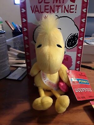 Hallmark Peanuts Plush Woodstock Valentine Cupid's Little Helper