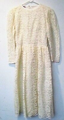 Vintage ivory lace dress 1960s Wedding Cocktail Semi Formal long sleeve Size 4