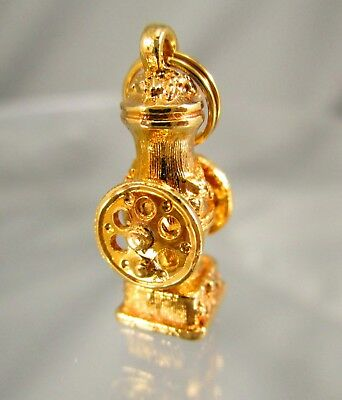 Vintage AVON Gold Tone Water Pump Moving Pieces Charm #1103
