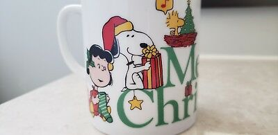 Vintage 1977 Christmas Peanuts Snoopy Mug Cup with Original Box