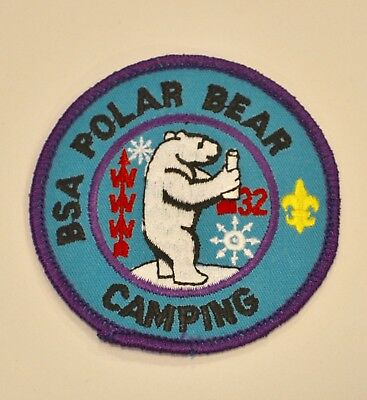 VINTAGE BOY SCOUTS PATCH BSA 90s POLAR BEAR CAMPING WINTER ICE CUB WILDERNESS