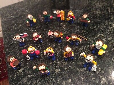 Vintage Hershey Kisses collectible figures,mint cond., 16, Hong Kong,adorable