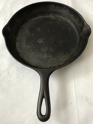Vintage 1940-50's GRISWOLD #8 small logo (704 S) frying pan Cast Iron skillet NR