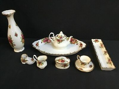 A Collection of Royal Albert Pottery,Old Country Roses