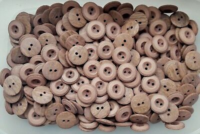 20mm 32L Light Brown Wooden Wood Effect Natural Craft 2 Hole Buttons (W674)