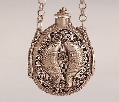 Tibet Silver Old Hand-Carved Fish Statue Snuff Bottle Hollow Out Noble Pendant