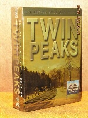 Twin Peaks The Definitive Gold Box Edition (DVD, 2007, 10-Disc CE) 12 postcards