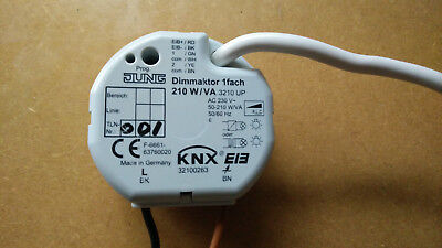 4 Jung KNX Dimming actuator 3210 UP Dimmaktor