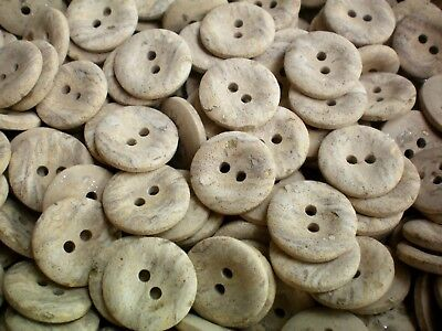 18mm 18L Light Natural Brown Marbled Wooden Wood Effect Craft 2 Hole Buttons S42
