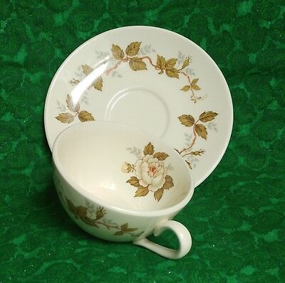 Steubenville Horizon STB395 Teacup & Saucer Ivory with White Roses & Green Ivy