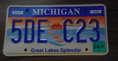 "Michigan License Plate 2000 #5DE C23 ""Great Lakes Splendor"""