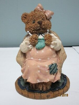 The Windsor Bears of Cranbury Commons Mary Miracle of Love Numbered Figurine