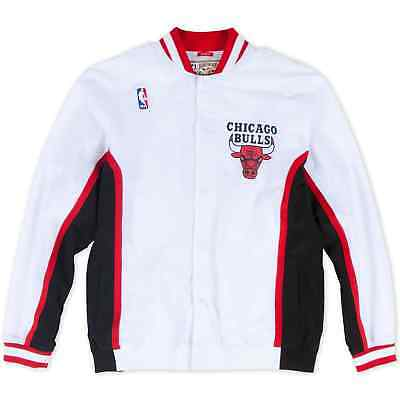 Chicago Bulls Mitchell   Ness Mens Authentic 1992-93 White Warm Up Jacket XL 044df985f