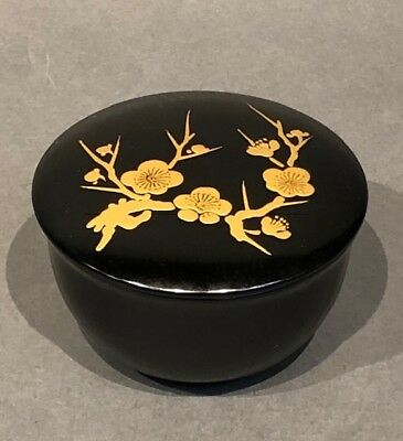 Japanese Lacquer With Makie Tea Caddy