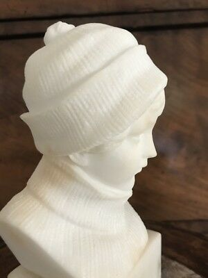 Antique Art Deco Carrara Marble buste Girl in Winteroutfit Masterpiece