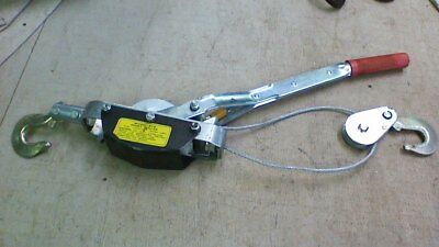 Hand Cable Hoist-Puller 2 HOOKS 1 TON HOIST HOISTING RATCHET CABLE TRAILER