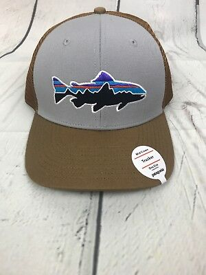 e3d11cb6fccdf NWT PATAGONIA FITZ Roy Trout Mid Crown Trucker Hat OSFA Snapback  29 ...