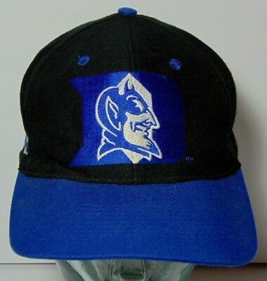 37fdc5624ba SIZE 7 1 8 Vintage 1990s DUKE BLUE DEVILS NCAA BASKETBALL TOP OF THE WORLD