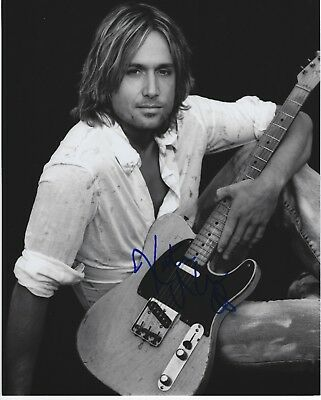 Keith Urban Signed 8X10 Photo with COA. ***Delayed Sale***