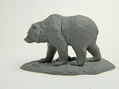 Grizzly Bear! Realistic Modern Bear 1/24 scale resin model  Free shipping in USA