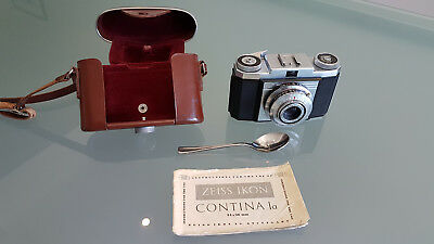 Vintage Camera Zeiss Ikon, Cortina In Really Nice Condition With Books & Bag,