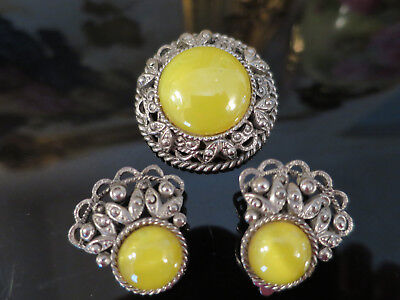 Exquisite VINTAGE Yellow Opal glass BROOCH/PENDANT & EARRINGS SET,