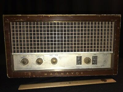 magnavox tube radio Am Fm Untested With Chasis And Tubes