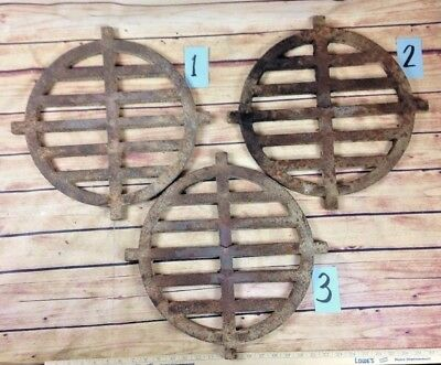 ANTIQUE ROUND CAST IRON FURNACE STOVE HEATER GRATE tobacco furnace grate