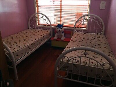 [USED] Single Twin Beds