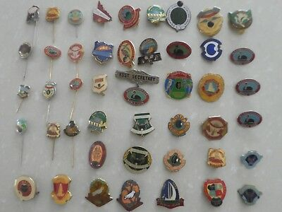 34 Badges And 12 Pins - Vintage Qld Bowling Clubs