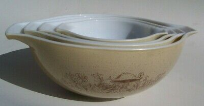Pyrex Forest Fancies Nested Mixing Bowl Set of 4 Brown Mushroom 441 442 443 444