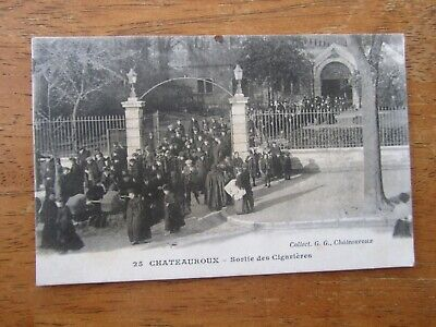 36 Cpa Chateauroux Sortie Des Cigarieres