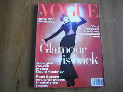 Vogue Magazine - November 1993 - Versace, David Hockney, Ashley Judd