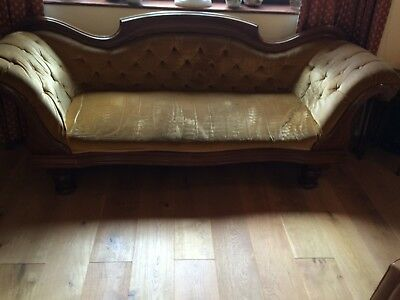 Antique Victorian chaise longue sofa, good condition, sprung, button back.