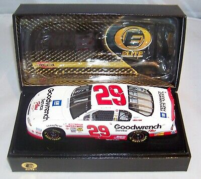 1:24 2001 Action Rcca Elite #29 Goodwrench Service Plus Rookie Kevin Harvick Mib