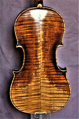 "Old violin - Alte Geige lab. ""Gibertini Antonio fece in Parma anno 1821"""