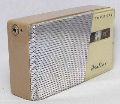 Vintage 1961 Airline 1131 Transistor radio Nice Condition Plays Well