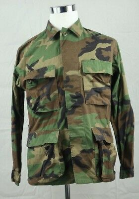 16ce32aa124c5 US Military Woodland Camo Coat Jacket Size SMALL SHORT 8415-01-084-1642