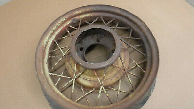 "V8 Ford 17"" Wire Wheel MT-2736"