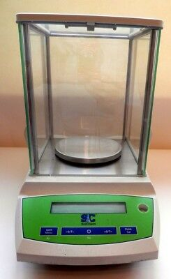 SciChem Electric Laboratory Quality Weighing Scales with Glass Enclosure