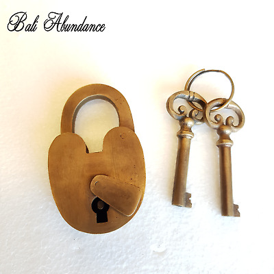 Brass Reproduction Antique Style Finish Love Lock Door Padlock with Keys