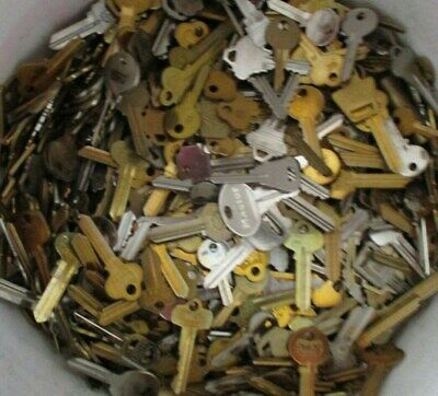 Huge Old Keys and Key Chains Lot Cars Houses Locks Unknown