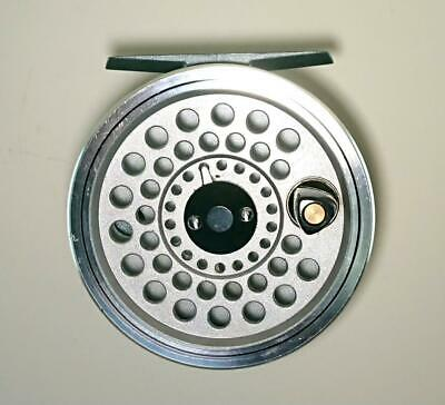 a8d44dd4083 DAIWA PHANTOM FLY Reel GS-5 Line: No.4 to 6 Outer diameter:80mm ...