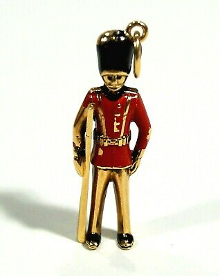 Vintage 14K Solid Gold ENGLISH GUARD SOLDIER Pendant / Charm Germany