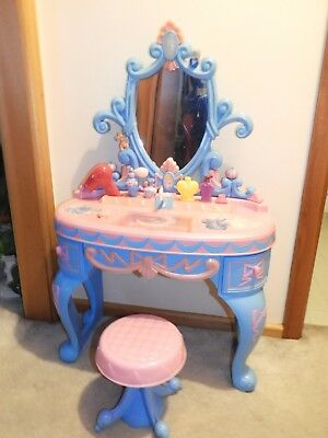 Walt Disney Princess Dressing Table And Chair - Cinderella - With Sound