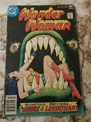 Wonder Woman #233 Vg- Leviathan 1 App 1977 Bronze Key Dc Comic