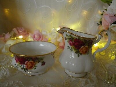 """Vintage Royal Albert """"old Country Roses"""" Milk & Sugar,  1St Quality, Good Cond."""