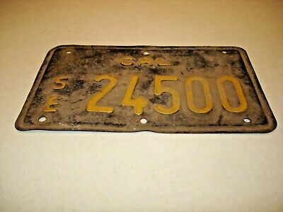 1963 California Special Equipment SE License Plate Black And Yellow
