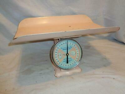 Vintage 1960's Pink American Family Nursery Baby 30 lb Scale with Metal Tray